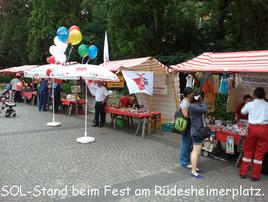 8SOL-Stand beim Fest am Rüdesheimerplatz Kopie