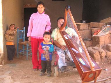 mirko y su instrumetno